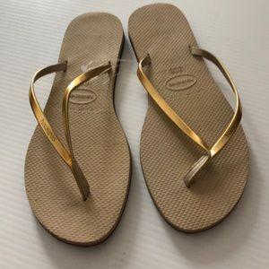 Havaianas Gold Strap Flip Flops